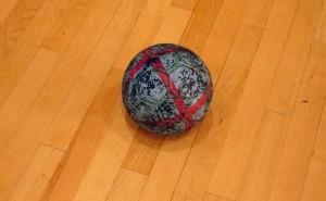 3 ball handball